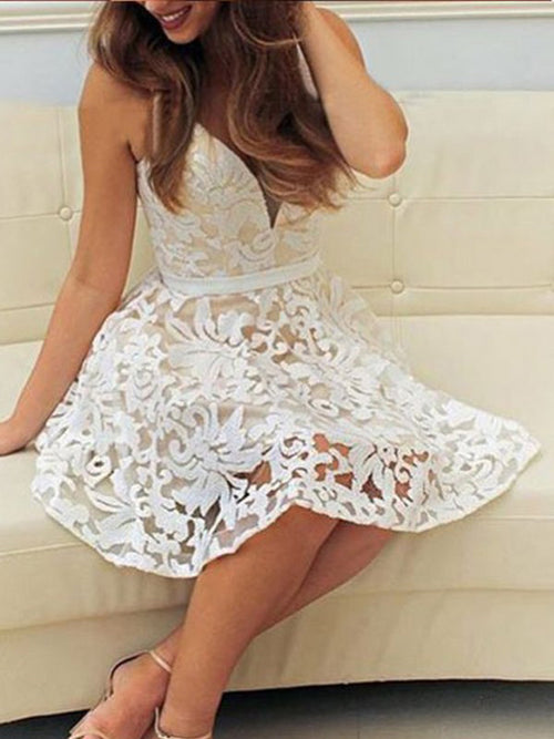 A-Line/Princess V-neck Lace Sleeveless Short/Mini Dress with Applique