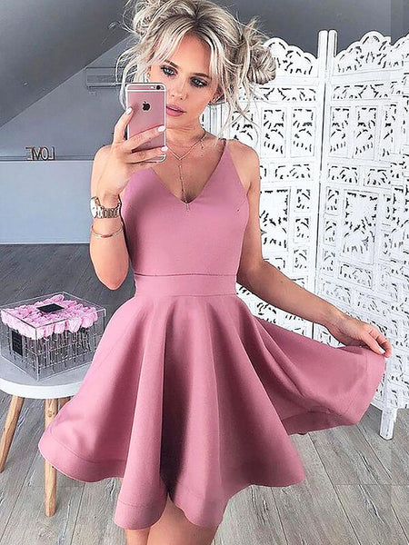 A-Line/Princess V-neck Satin Sleeveless Short/Mini Homecoming Dress