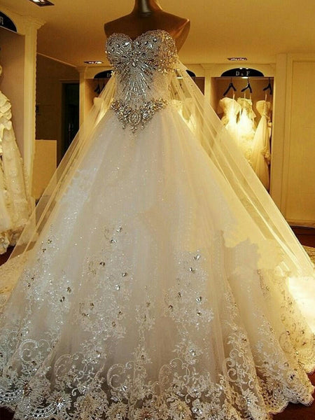 Ball Gown Sweetheart Court Train Sleeveless Tulle Wedding Dress with Beading
