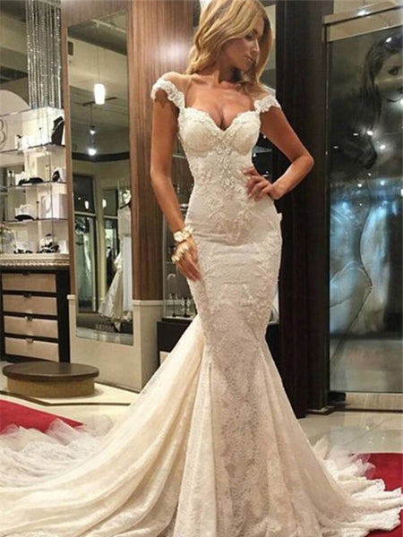 Trumpet/Mermaid V-neck Chapel Train Sleeveless Wedding Dress with Lace