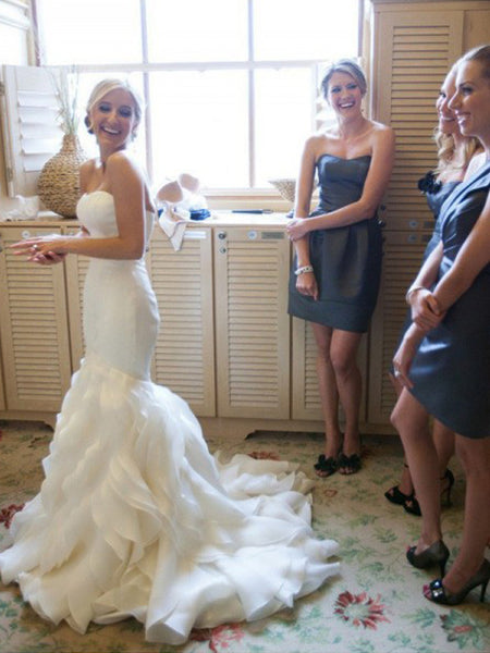Trumpet/Mermaid Sweetheart Court Train Sleeveless Satin Bridal Dress with Lace
