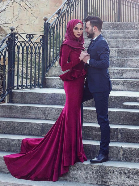 Trumpet/Mermaid Scoop Velvet Long Sleeves Sweep/Brush Train Islamic Dress with Ruffles