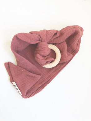 Lillé Muslin Cloth Teether Wine