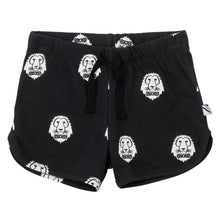 CarlijnQ A Lions Head shorts
