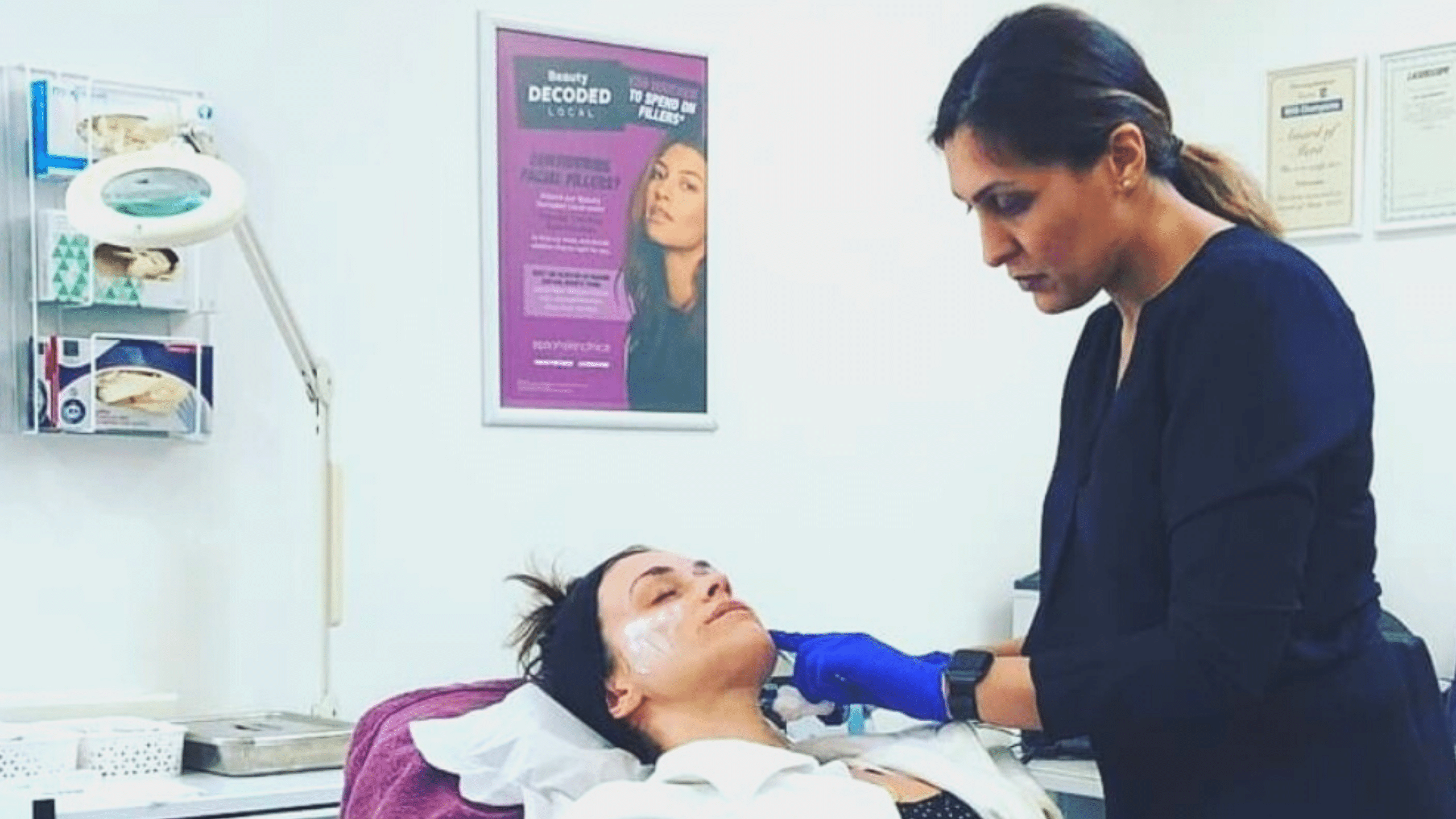 Woman in her 20s having dermal filler treatment