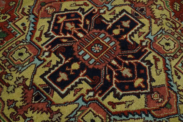 Handmade 6x9 Red and Red Traditional Vintage Heriz Serapi Rug | TRDCP1269 - The Rug Decor