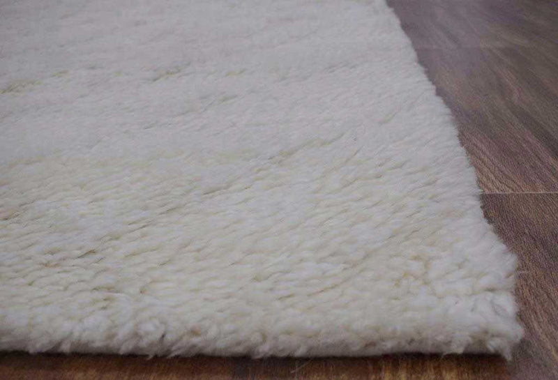 "Handmade Moroccan Area Rug made with White Wool _8'5"" x 8'5"" Area Rug 