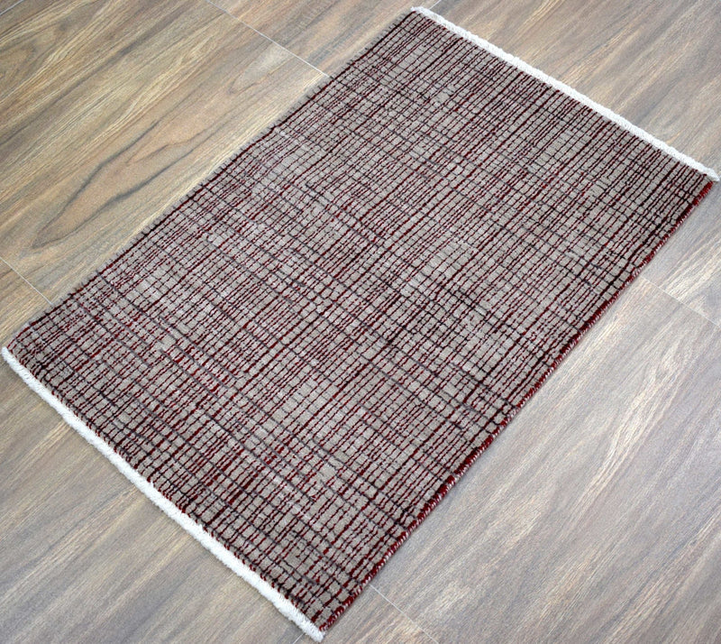 Traditional Handmade Wool & Viscose 2' by 3' Area Rug | TRD140723 - The Rug Decor