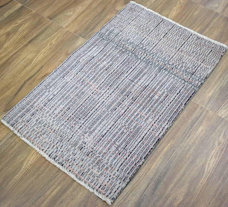 Traditional Handmade Wool & Viscose 2' by 3' Area Rug | TRD237223 - The Rug Decor
