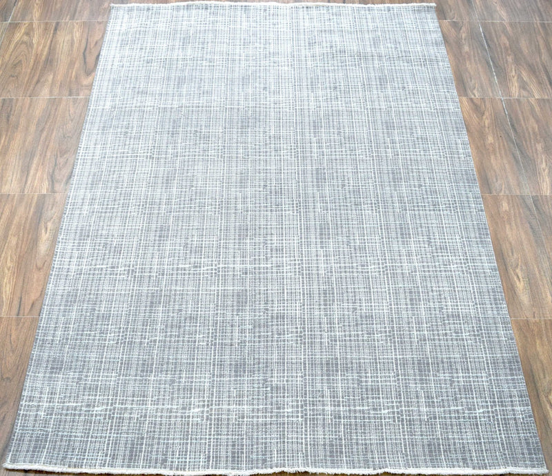 Traditional Handmade Wool & Viscose 5' x 8' Area Rug | TRD136658 - The Rug Decor