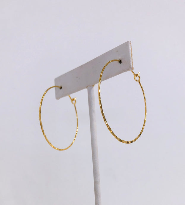 Cassie Hoops in Delicate Gold