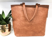 Your Daily Bag in Cognac