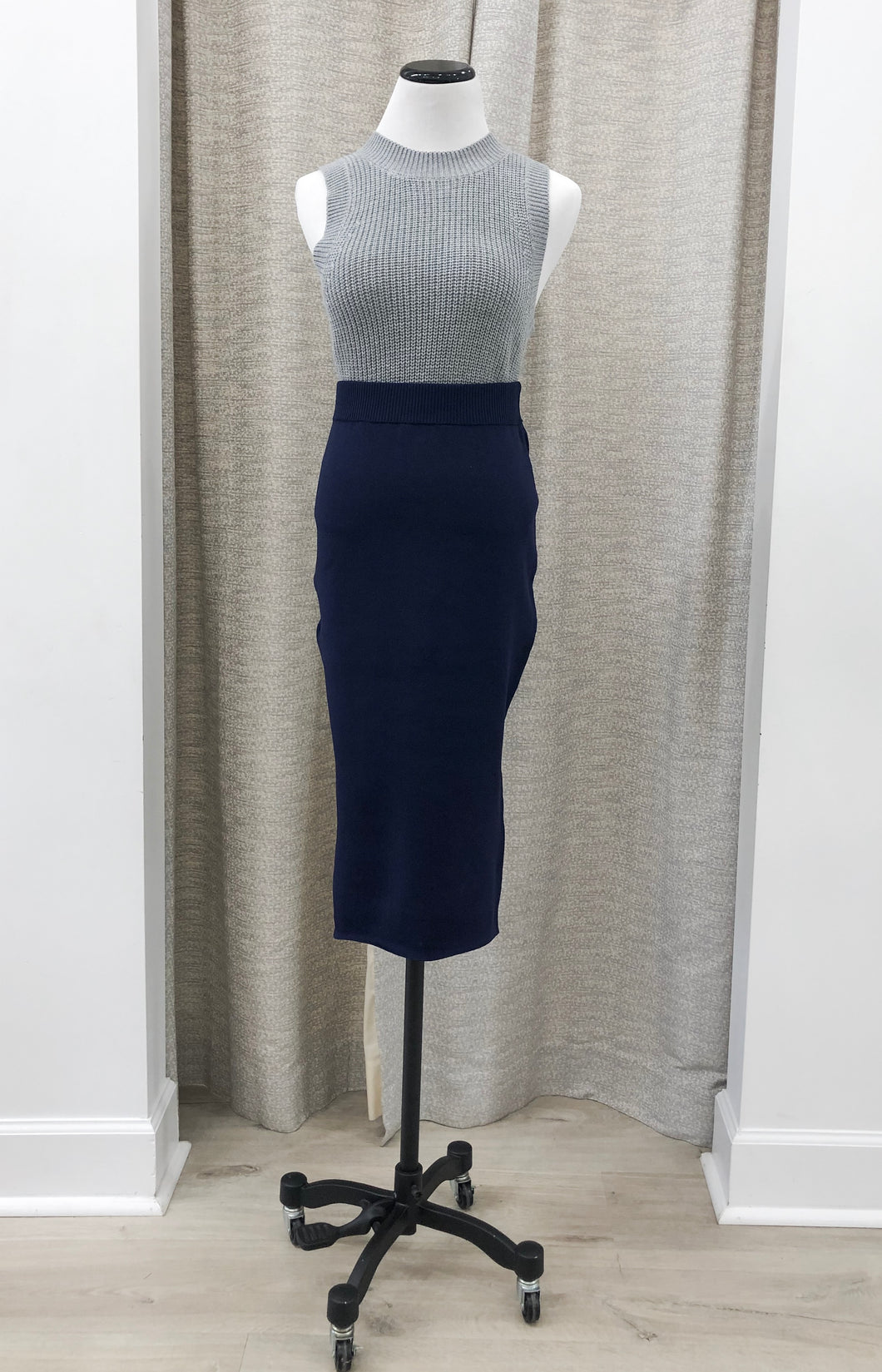 Shelby Knit Skirt in Navy