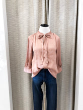 Avalynn Blouse in Rose