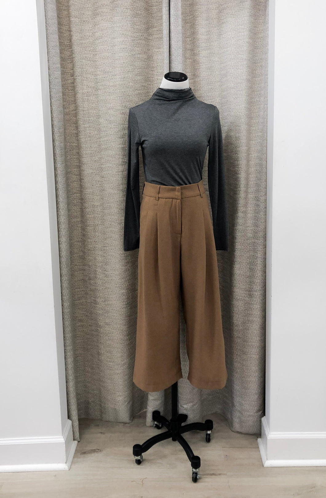 Noel Wide-Leg Pants in Camel