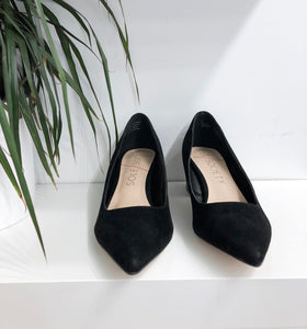 Andorra Pump in Black