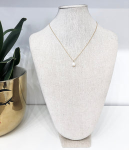 Freshwater Pearl Dainty Necklace