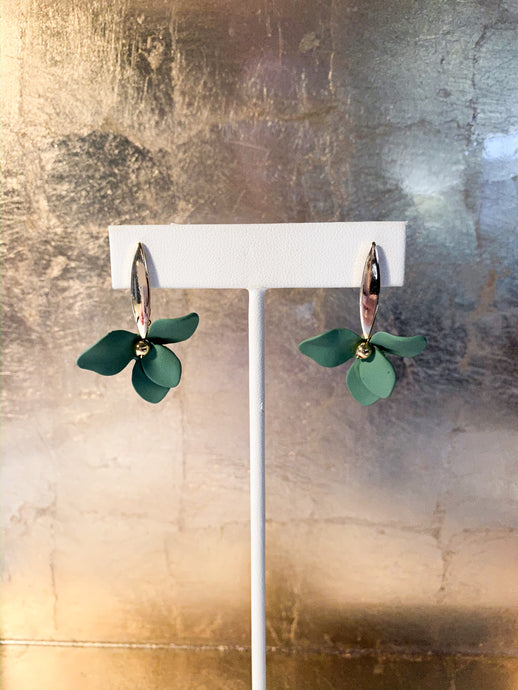 Lim Flower Earrings in Sage