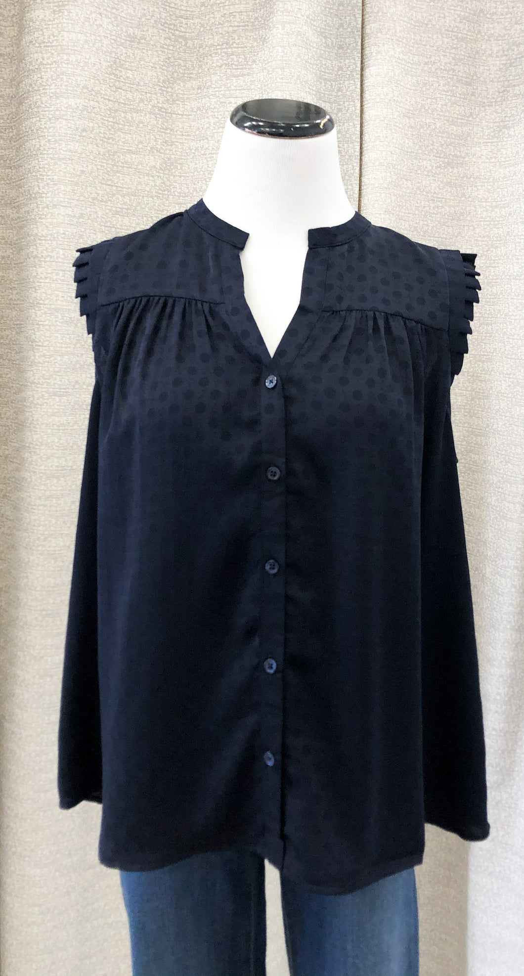 Ashleigh Button Down Sleeveless Top in Navy