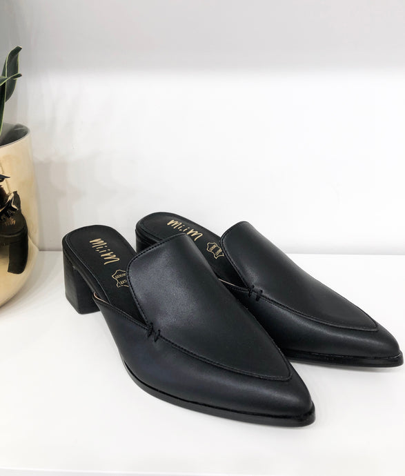 Raven Block Mules in Black