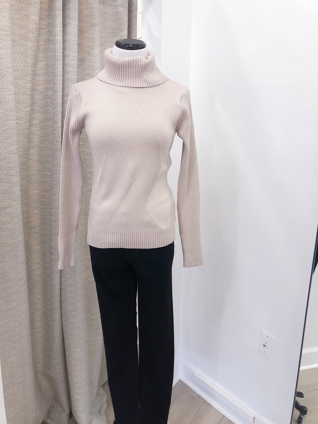 Abstract Turtleneck Rib in Taupe