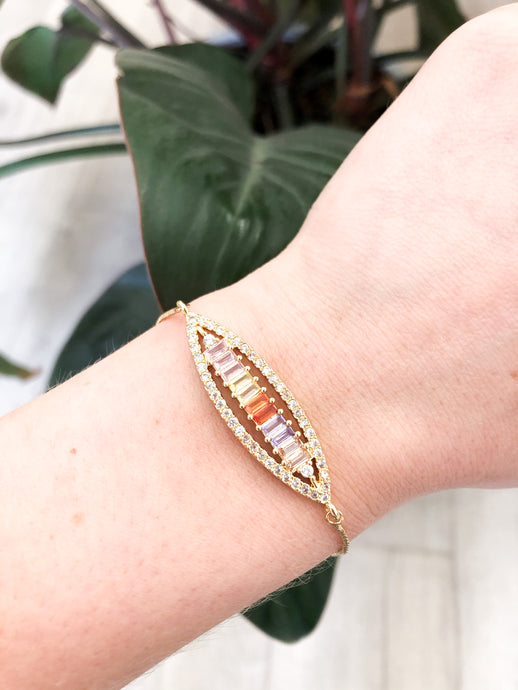 Amari Pull-Through Bracelet in Pastel Rainbow