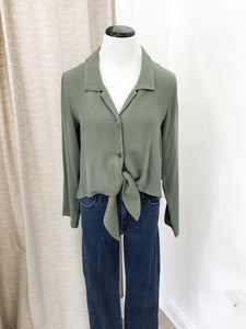 Allyn Top in Olive