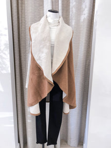 Impeccable Shawl Vest in Camel