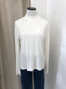 Isla Top in Ivory
