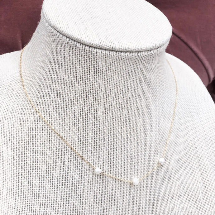 Three Pearls Necklace