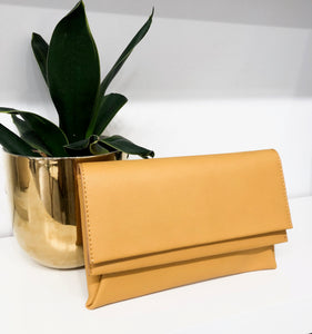 Gregory Clutch in Mustard