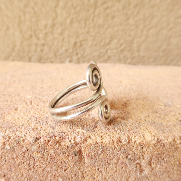 Bohemian Sterling Silver Scroll Ring Sz 5.5