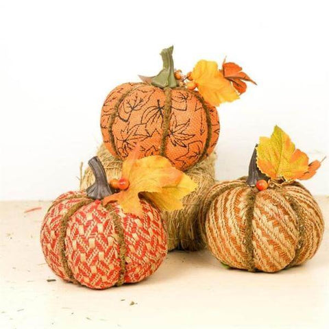 decorative fall pumpkins