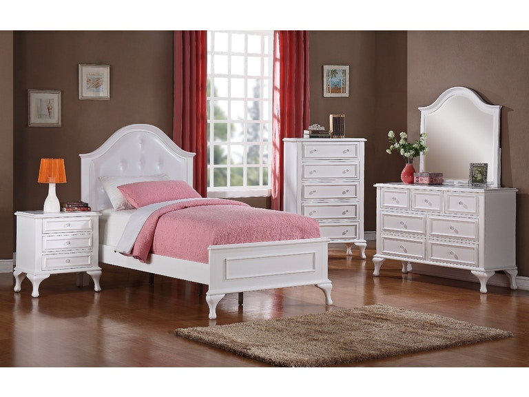7 Drawer White Dresser & Mirror