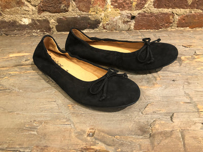 GABOR BALLERINA FLAT IN BLACK SUEDE WITH BOW
