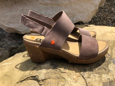 "art METROPOLITAN SHOES ""1671"" TAUPE NUBUCK"