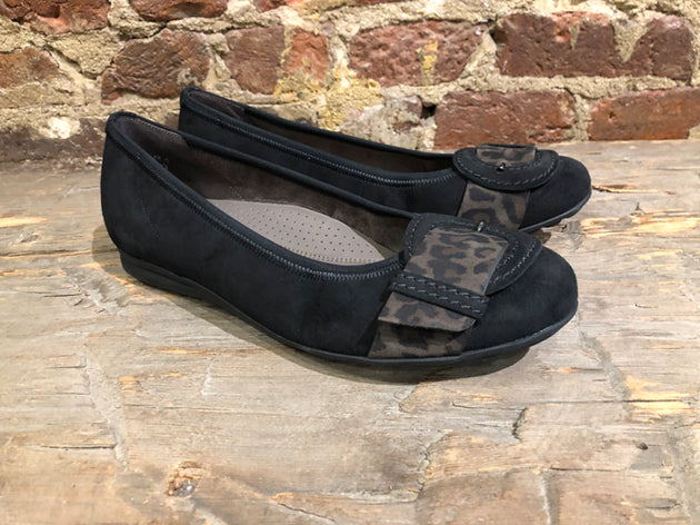 GABOR BALLERINA FLAT IN BLACK SUEDE WITH CAMO STRAP