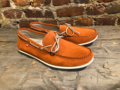 Fluchos Evoke in Rust Nubuck Leather