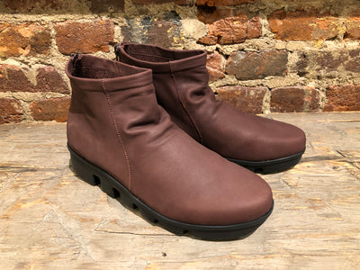 L'AMOUR DES PIEDS HADIRAT BOOT IN BROWN WEATHERED CALF