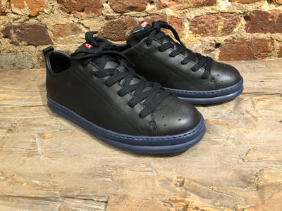 CAMPER RUNNER IN BLACK FULL GRAIN LEATHER