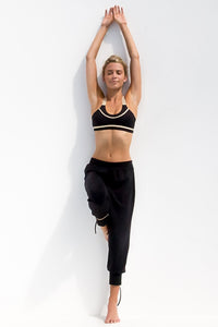 WARRIOR SPIRIT - Crossback Sports Bra & Yoga Pants • Black Gold