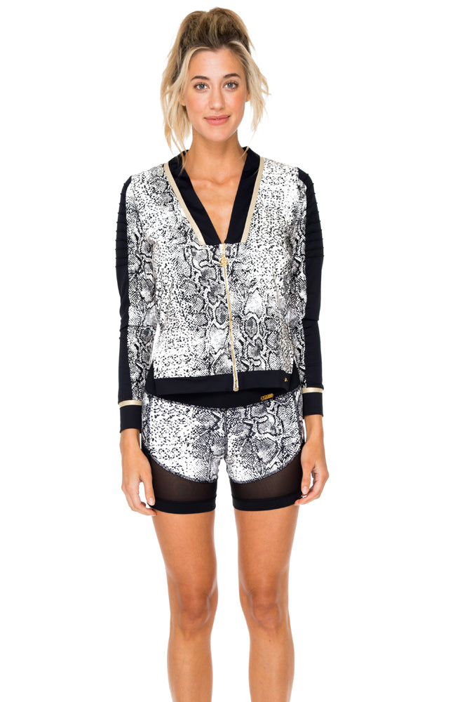 BOMBO - Pintucked Sleeves Open Side Jacket & Cut Off Shorts • Multicolor (874535321644)