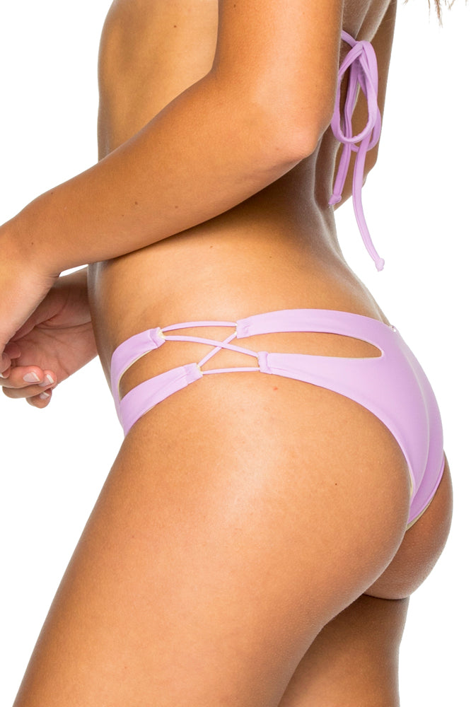 COSITA BUENA - Zig Zag Knotted Cut Out Triangle Top & Reversible Zig Zag Open Side Moderate Bottom • Lavanda
