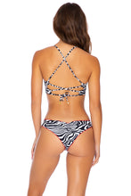 JUNGLE QUEEN - Underwire Top & Seamless Wavey Ruched Back Bottom • Perla