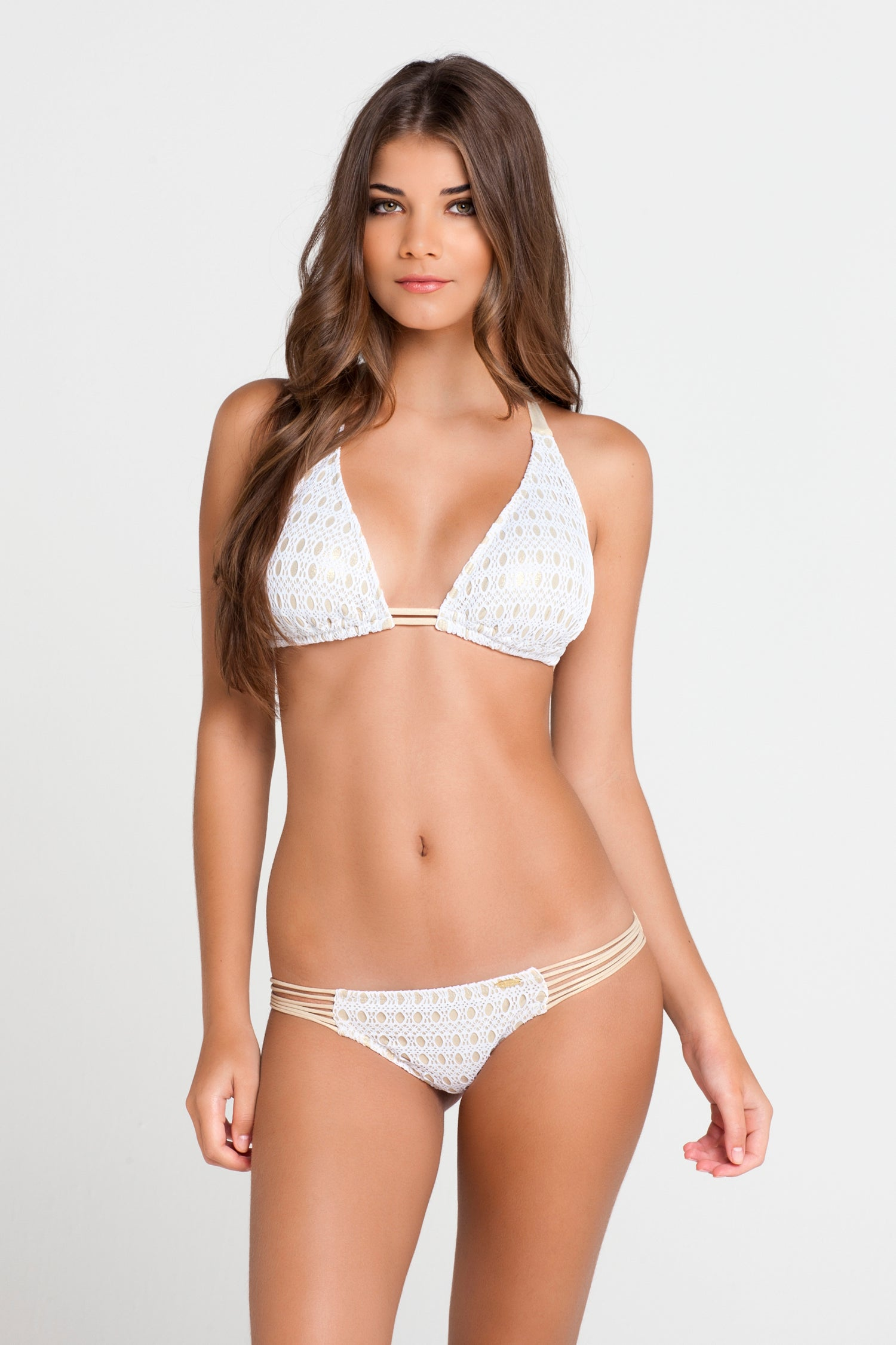 BURBUJAS DE AMOR - Triangle Halter Top & Multi Strings Brazilian Ruched Back Bottom • White