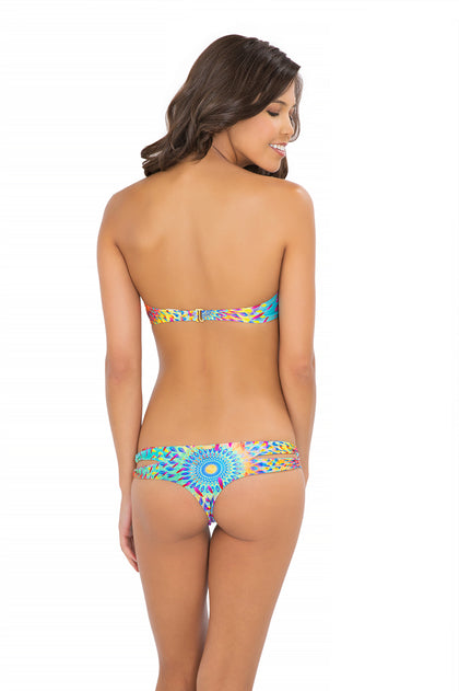 BAJO UN MISMO SOL - Underwire Push Up Bandeau Top & Zig Zag Open Side Skimpy Bottom • Multicolor