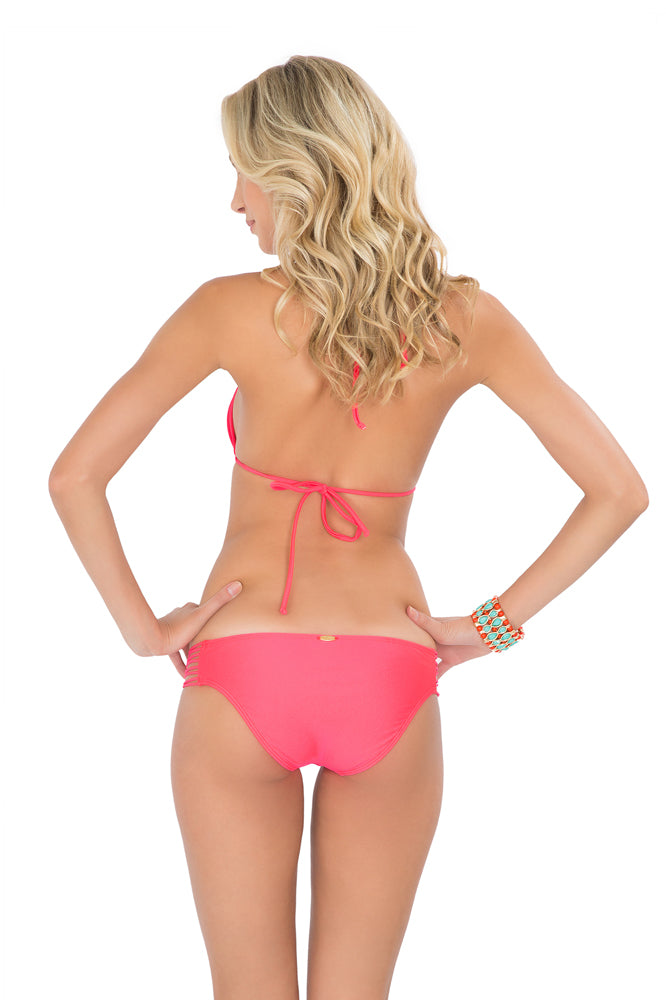 VERANO DE RUMBA - Strappy Cut Out Triangle Top & Multi Strings Full Bottom • Bombshell Red