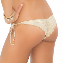 DIAMANTES DE CORAL - Wavey Ruched Back Brazilian Tie Side Bottom