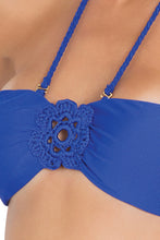 FLORCITAS DE ARENA - Hand Knit Crochet Flower Bandeau & Hand Knit Crochet Flow.full Bottom • Electric Blue