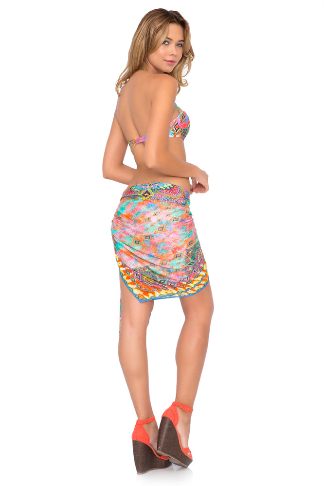 BOHO CHIC - Underwire Push Up Bandeau Top & Pareo • Multicolor